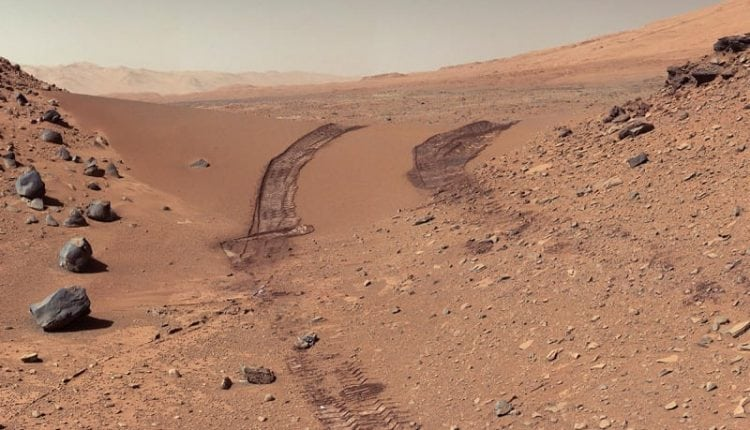 Mars has complex organic material that may be from ancient life   Tech News