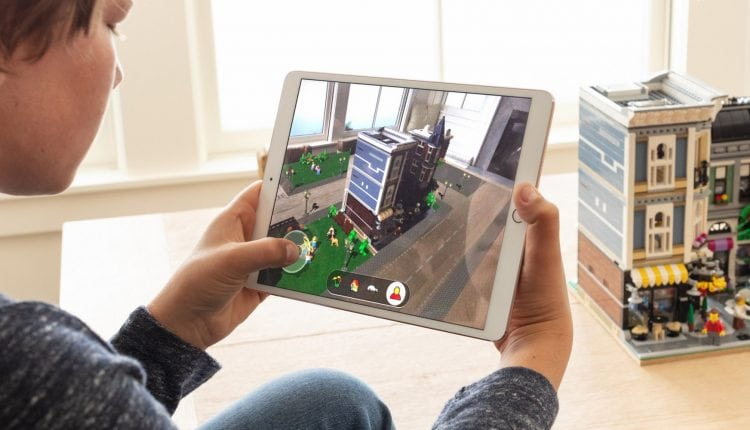 Apple Doubles Down with Announcement of ARKit 2.0 | Tech News