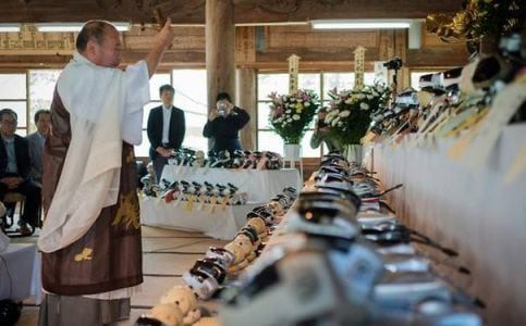 Fido funeral: In Japan, a send-off for robot dogs | Tech News