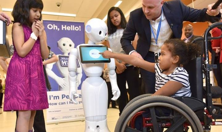 Meet Pepper – Canada's first emotionally sensitive robot for sick kids | Tech News