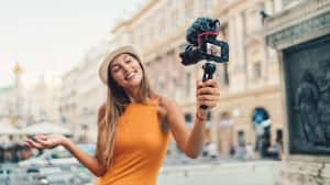 The Best Vlogging Cameras and Tools | Tech News