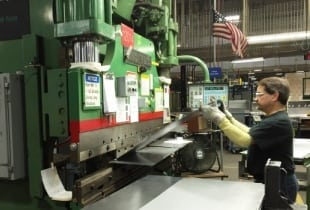 collaborative robots offer numerous benefits for metal fabrication | Robotics