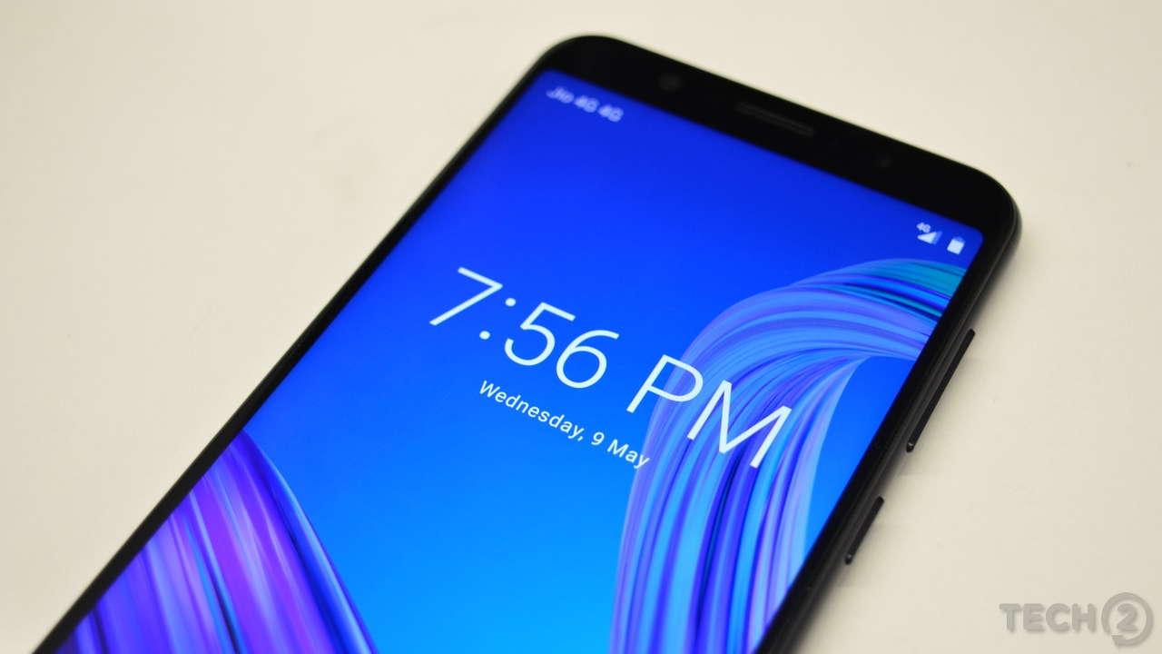 Asus manages to cram a 5,000 mAh battery into the ZenFone Max Pro M1. Image: tech2/ Shomik Sen Bhattacharjee