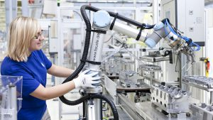 Cobots and Robots-as-a-Service Can Help Scale Changing Workforce, Says Integrator | Robotics 1