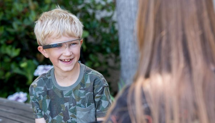 Google Glass could help children with autism socialize with others | Tech Fashion