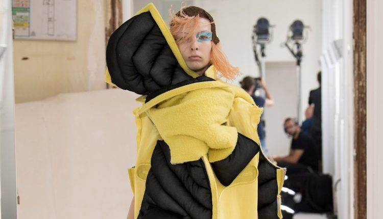 """Maison Margiela's Artisanal couture collection is designed for """"neo-digital natives"""" 