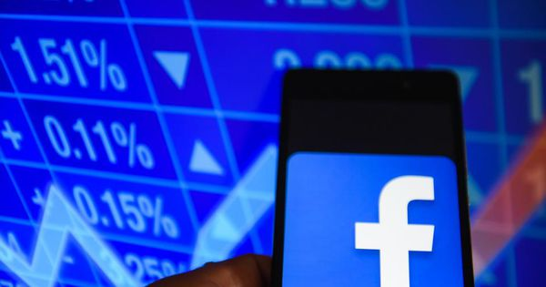 Why You Should Buy Facebook While Others Panic | Tech Industry