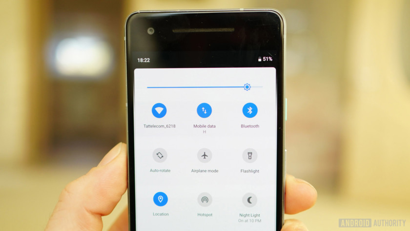 Android 9 Pie review Quick Settings light