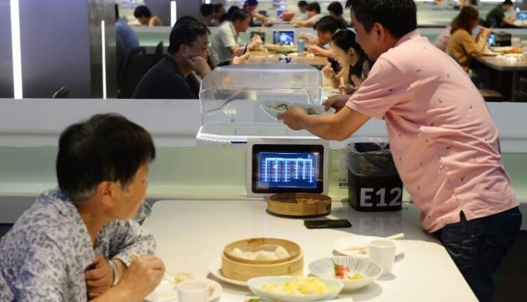 China is solving labor issues with robots | Top Stories