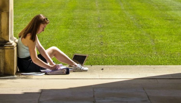 All the Best Laptops Under $400 for Students | Top Stories | Top Stories