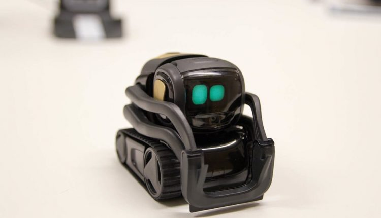 Anki Vector is the most adorable toy robot you're ever going to meet | Apps News