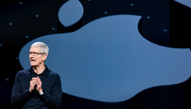 Apple Is Worth $1 Trillion; 21 Years Ago It Was on the Brink of Bankruptcy | Tech Industry