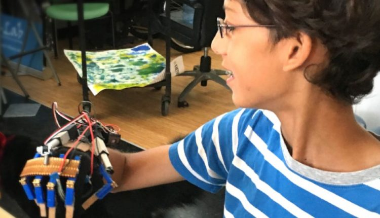 High school students learn to build big ideas | Robotics