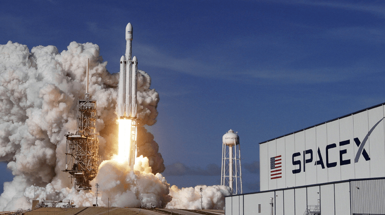 SpaceX Will Be Ready To Transport Humans In 2019 | Viral Tech