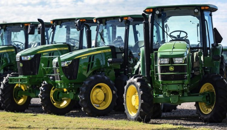 John Deere Just Cost Farmers Their Right to Repair   Feature