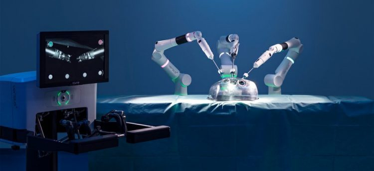 New robotic surgical system hopes to rival da Vinci in the UK | Innovation