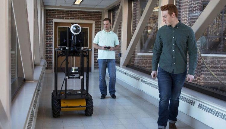 Autonomous robotic that interacts with people