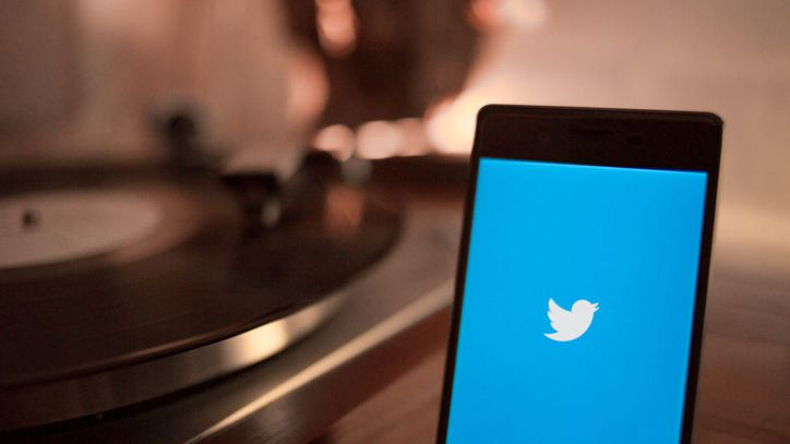 Twitter admits bug exposed some android users