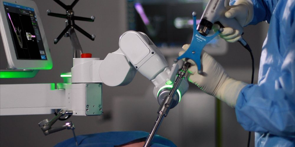 Medtronic Treats First U.S. Patients with Spinal Surgery Robot