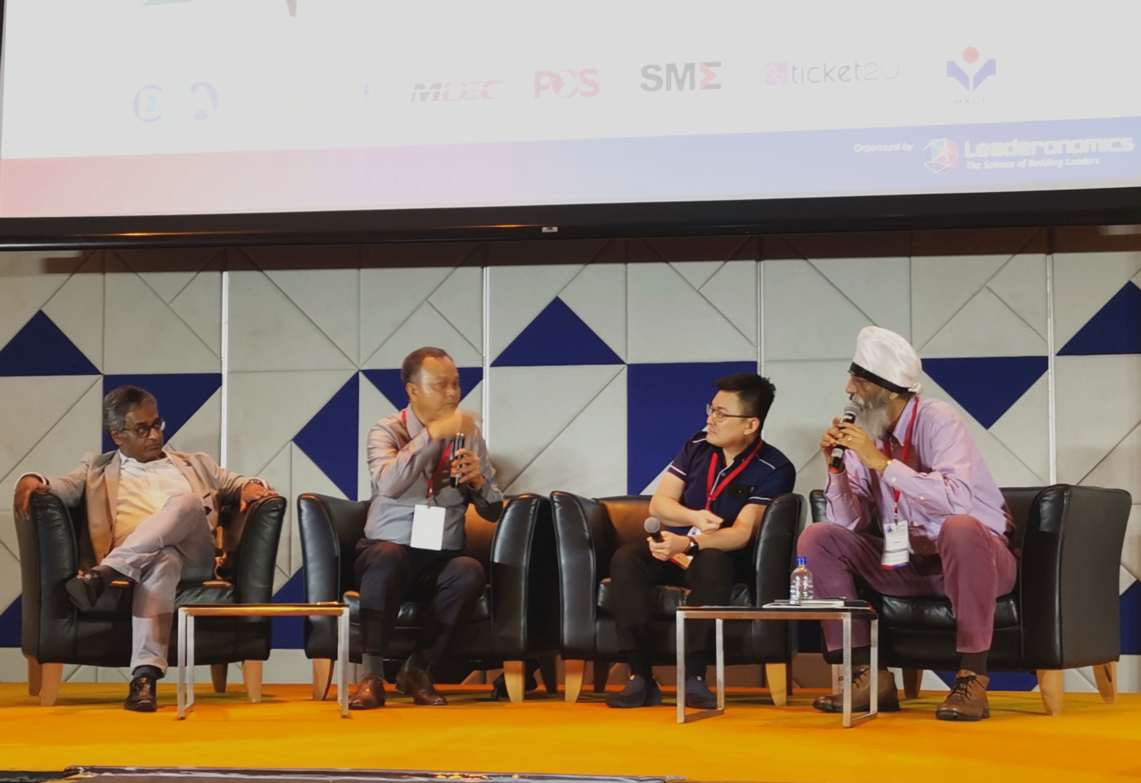MDEC vice president for enterprise development Gopi Ganesalingam, Kat Technologies founder Khairol Annuar bin Mohamad Tawi, iTalent Management Sdn Bhd founder and chief executive officer Victor Phang and DNA founder Karamjit Singh