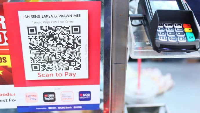 Singapore travellers use NETS for mobile payments in China
