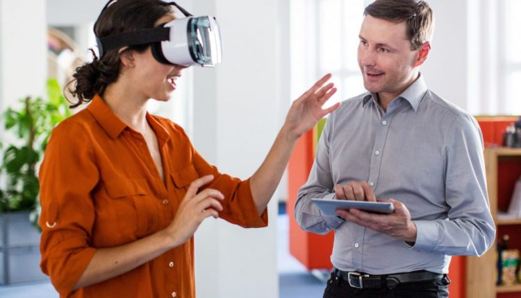 Virtual reality to help cure fear of heights in NHS Oxfordshire pilot IndustryMail