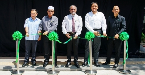 edotco Malaysia launches Smart Bus Shelter in Penang