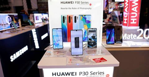 Malaysian telcos will remain steady even if Huawei is banned