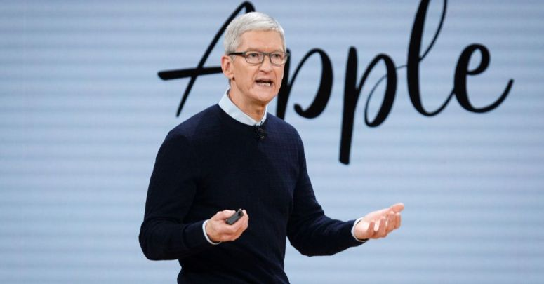 Apple battles Facebook and Google with rival sign in service