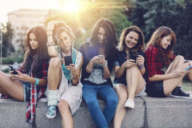 Digital technology use not linked to risk of depression in teens