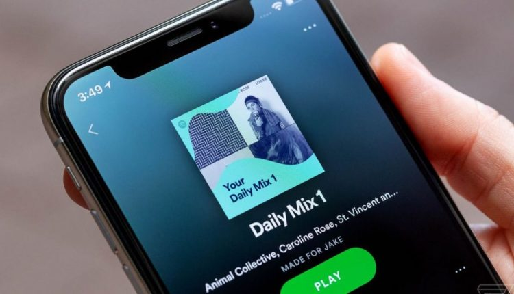 Spotify is testing a new Favorite Device feature for handing off music to a nearby speaker