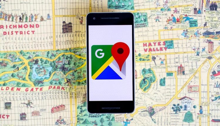 Google Maps Now Offers Detailed Voice Navigation for the Visually Impaired