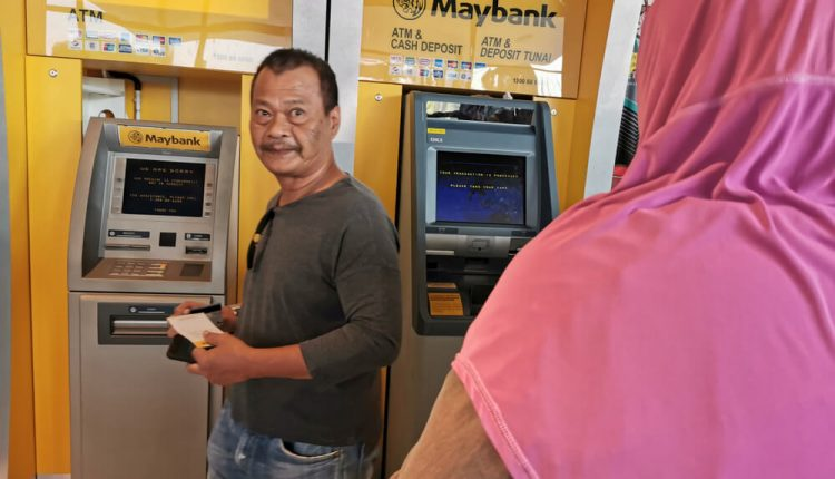 Cash payments in Malaysia to decline by 8.1pc as residents favor cards
