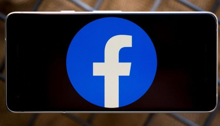Facebook bans misleading posts and ads about US census
