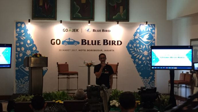 Gojek to purchase stakes at Indonesian taxi operator Blue Bird
