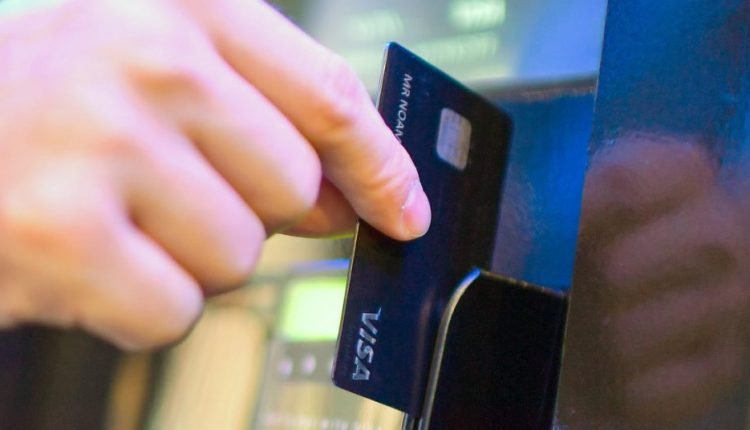 Visa says magstripe credit cards are at risk of data theft if used at gas pumps