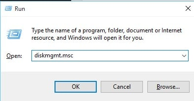Type in'diskmgmt.msc' and hit Enter