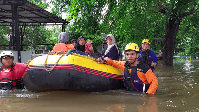 OVO launches crowdfunding campaign for flood victims of Greater Jakarta