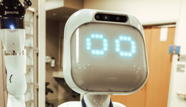 Diligent Robotics raises $10 million for nurse assistant robot Moxi