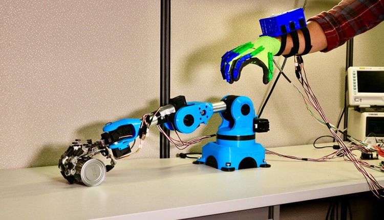 Researchers give robotic arms a steady hand for surgeries