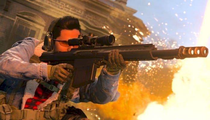 Call of Duty: Modern Warfare Sniper Hits Missile Out Of Sky Mid-Match