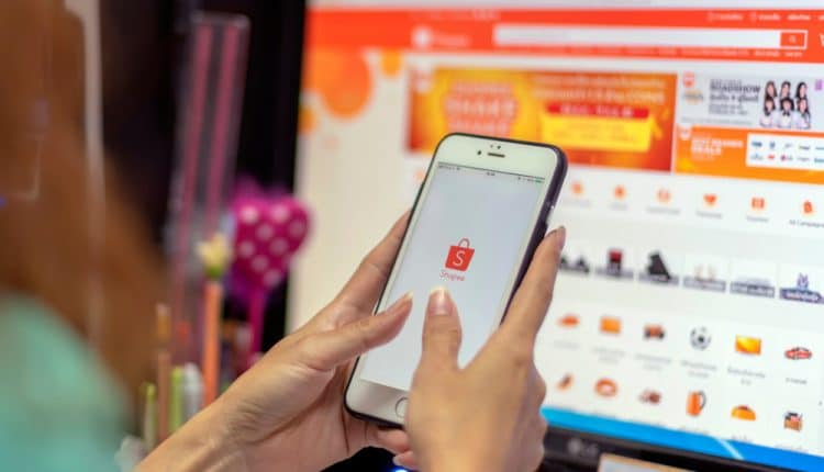 Record 9.9 sales show e-commerce robust in Asia