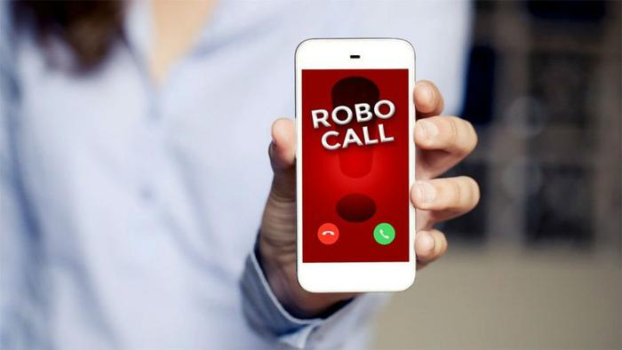 FTC warns of robocall scammers pretending from Apple & Amazon