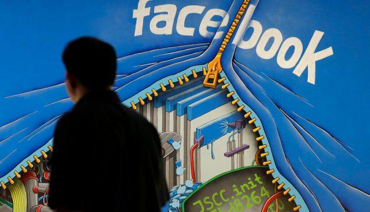 Facebook antitrust suits seek to divest Instagram, WhatsApp