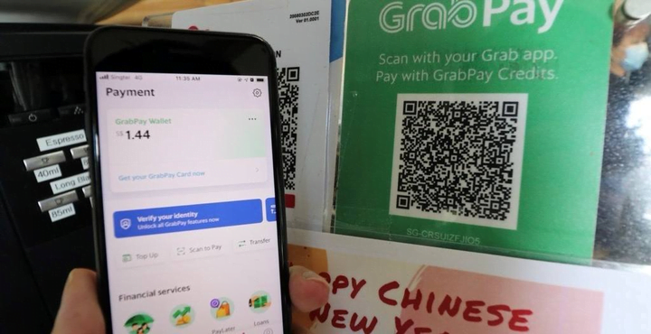 Grab and others see big chance in ASEAN digital banking