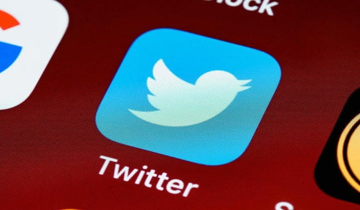 Twitter accidentally spams users asking them to confirm accounts