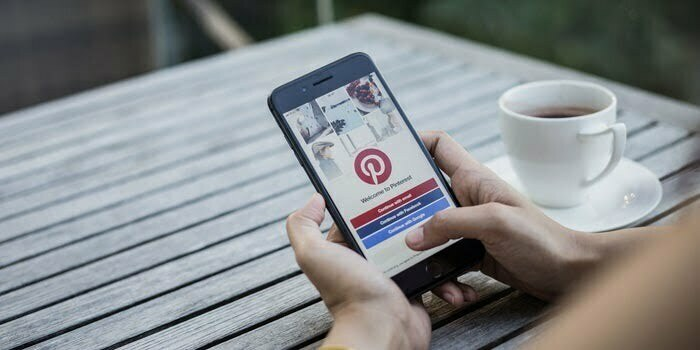 Pinterest signals strong revenue growth on ad spending rebound