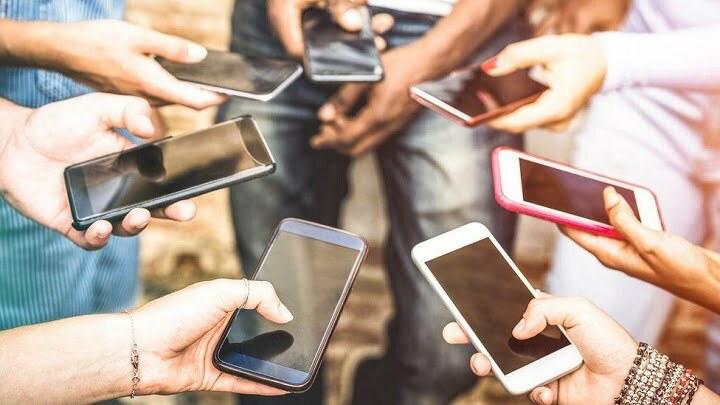 Mobile Subscribers Cross 183 Million Mark in Pakistan