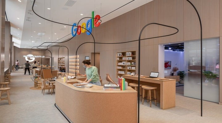 Google Opens First Retail Store In New York City