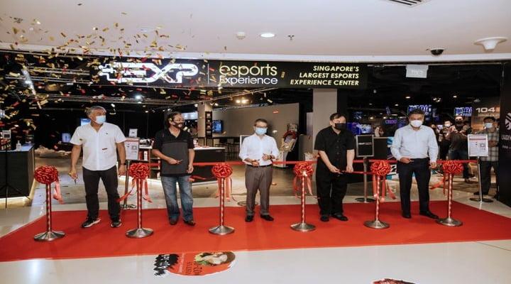 Singapore open largest E-sports Experience Centre